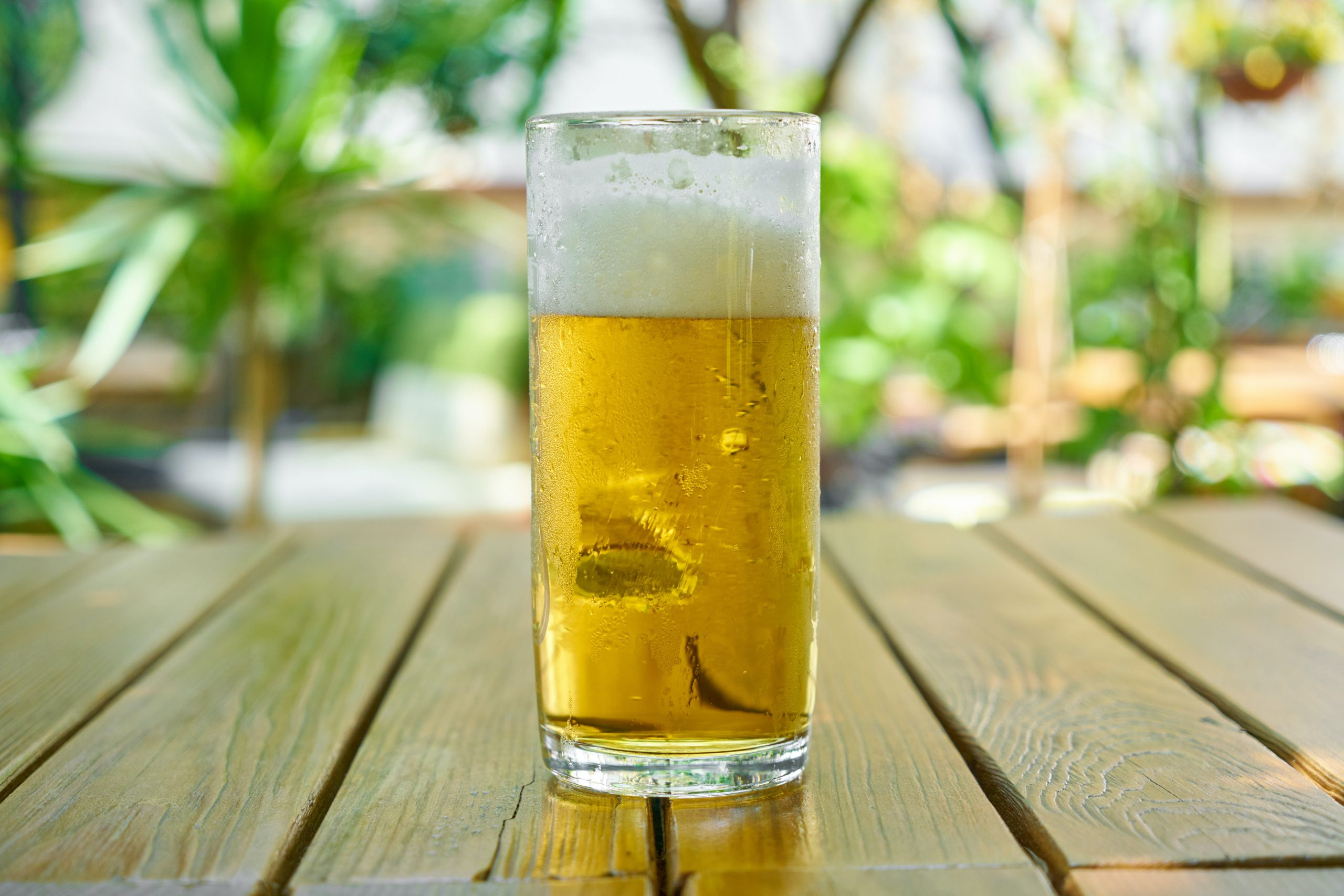 Bière avec mousse